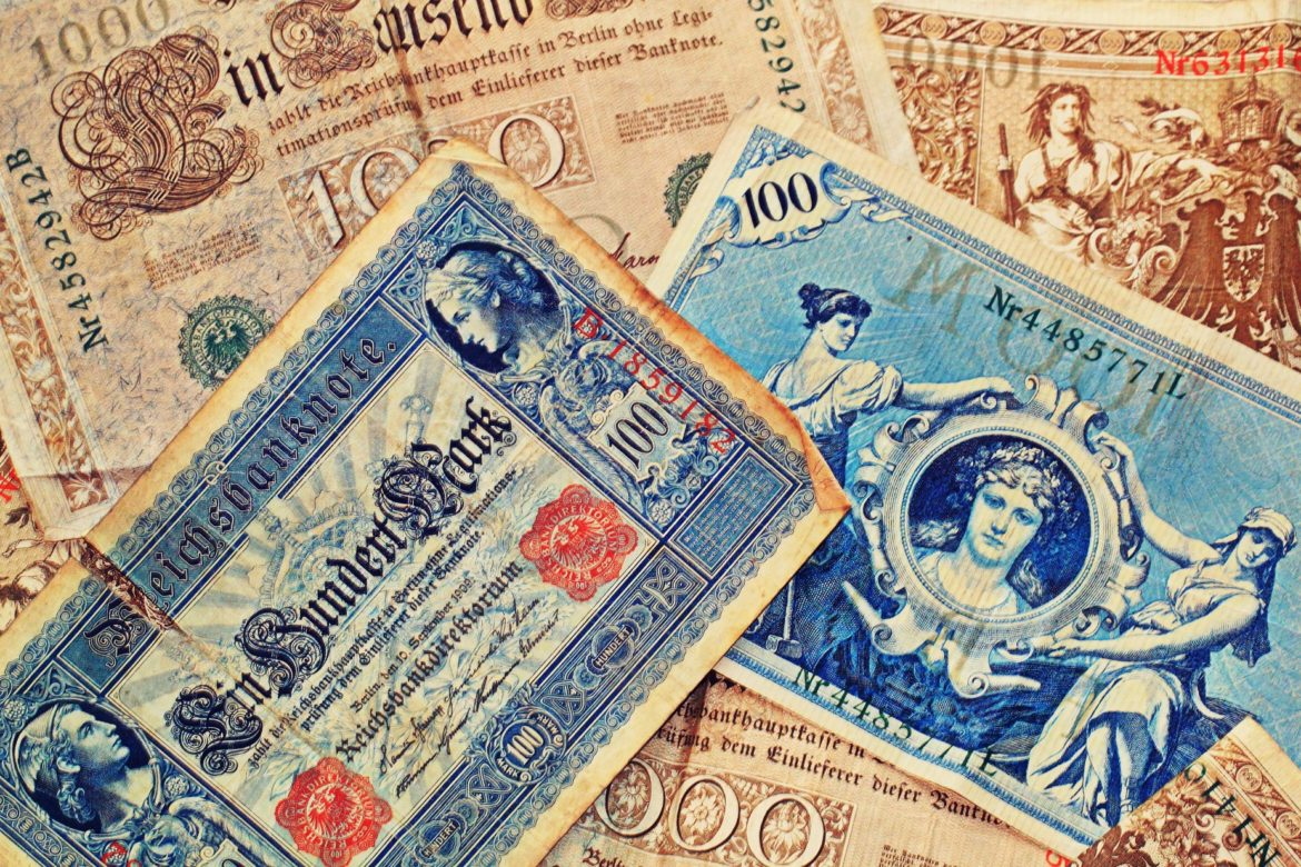 bank-note-1276958_1920
